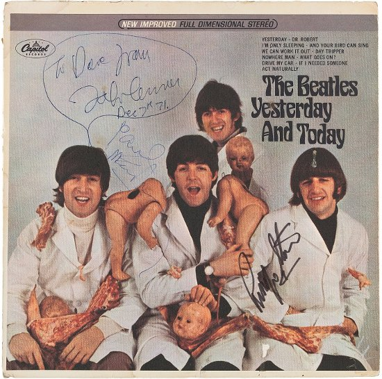 """News – The Beatles – """"Yesterday and Today"""" aux enchères."""