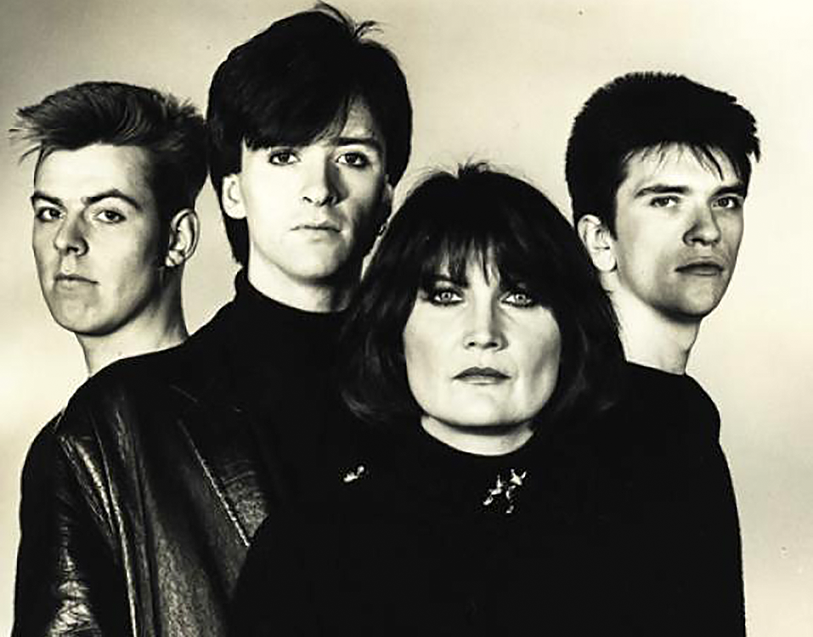News – Sandie Shaw and the Smiths