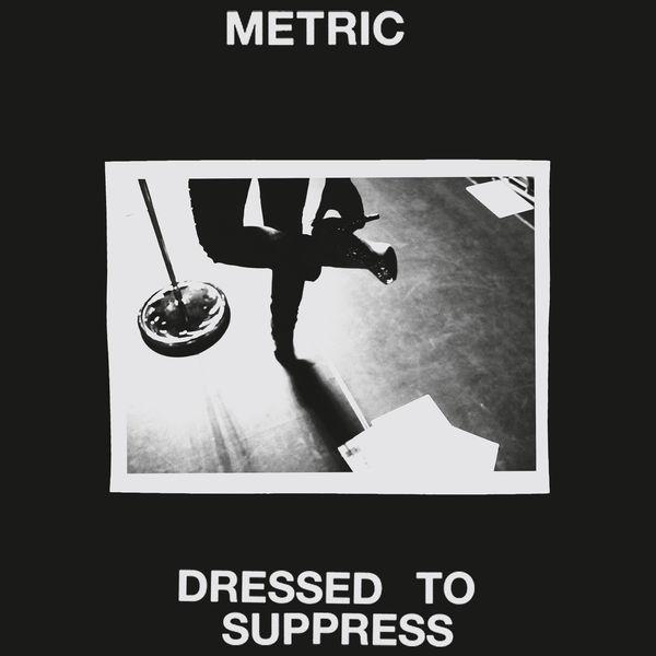 Brèves – Metric, Blood Orange, The Beta Band