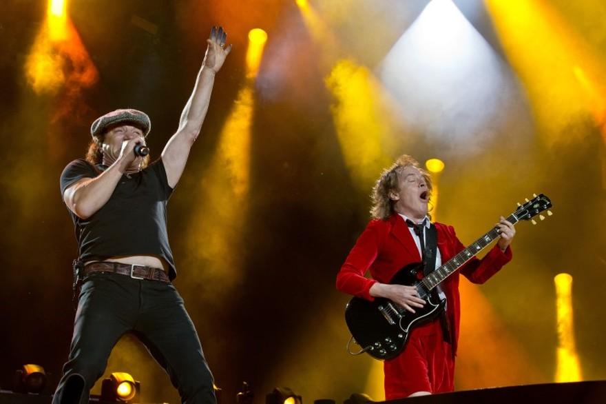 News – AC / DC, le retour se confirme…avec Malcom Young !!!