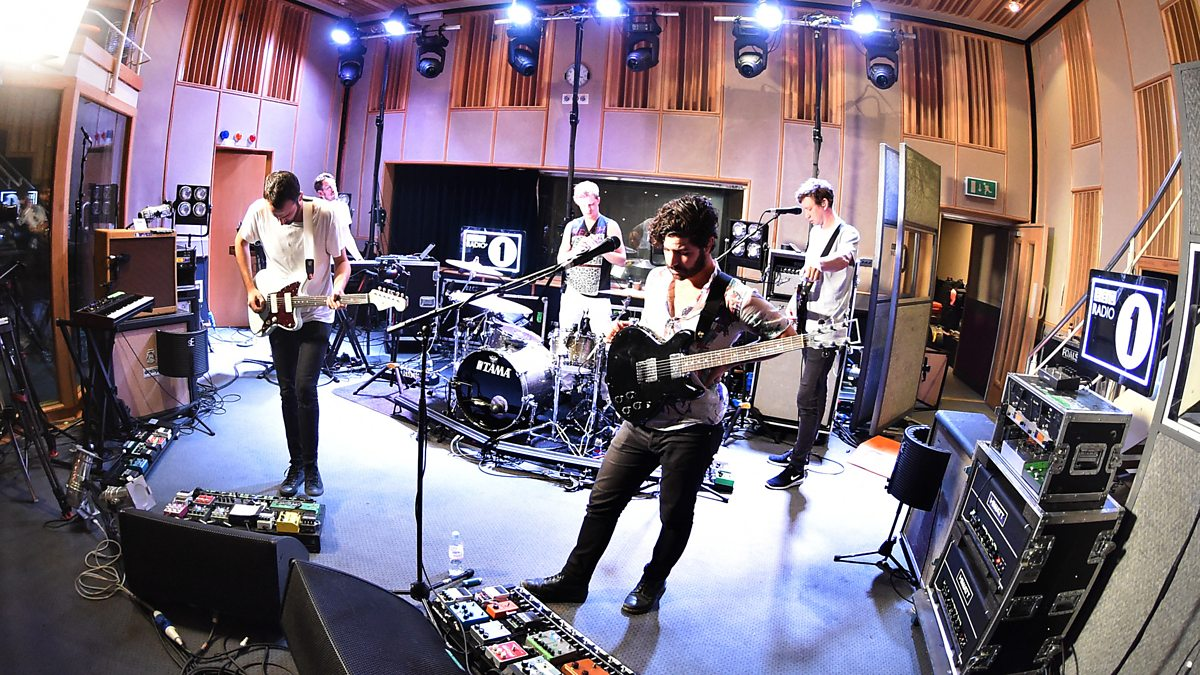 Le Live de la semaine – Foals – Mountain At My Gates – Live at Maida Vale