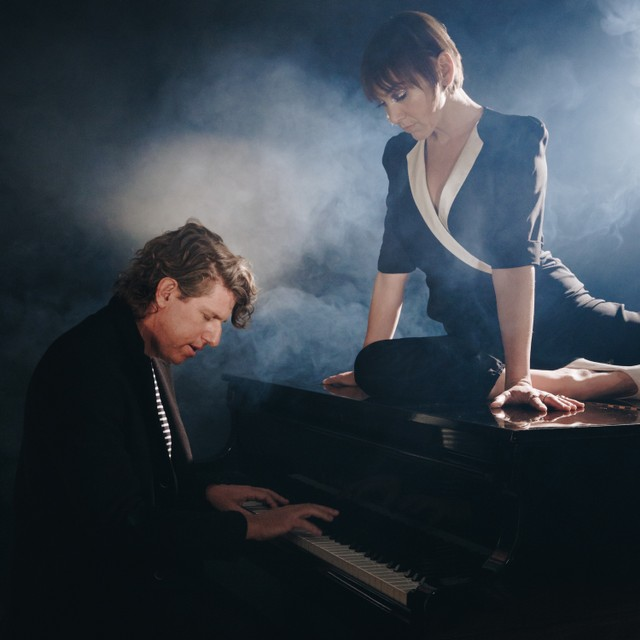 News – The Bird and The Bee – Hot for Teacher feat. Beck