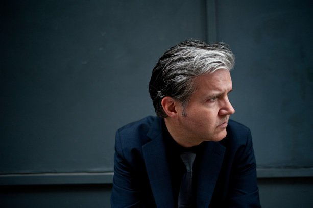 News – Lloyd Cole  – The Over Under