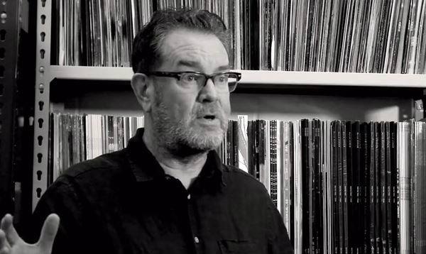 Bad News – Vaughan Oliver – Le célèbre graphiste de 4AD est mort