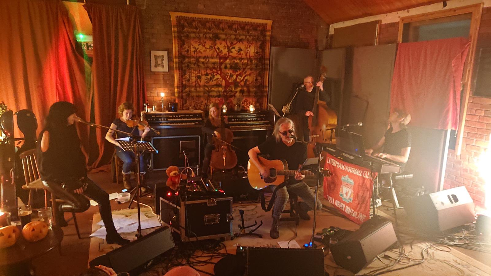 News – Wayne Hussey & The Divine – Live At Yellow Arch