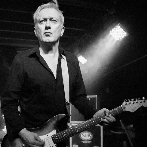 Bad News – Mort d'Andy Gill – Gang of four