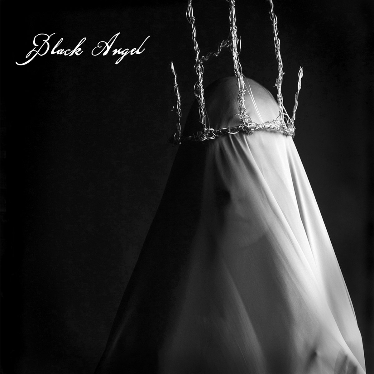 Post-punk shivers – Black Angel – Kiss of Death