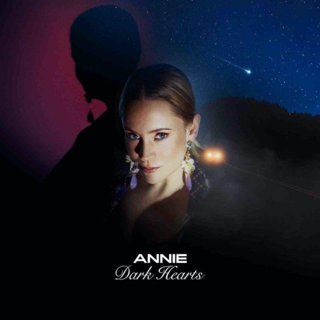 News – Annie – Dark Hearts