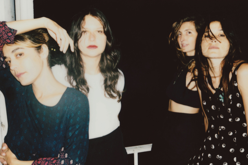 News : Warpaint – Paralysed (Gang Of Four – Cover)