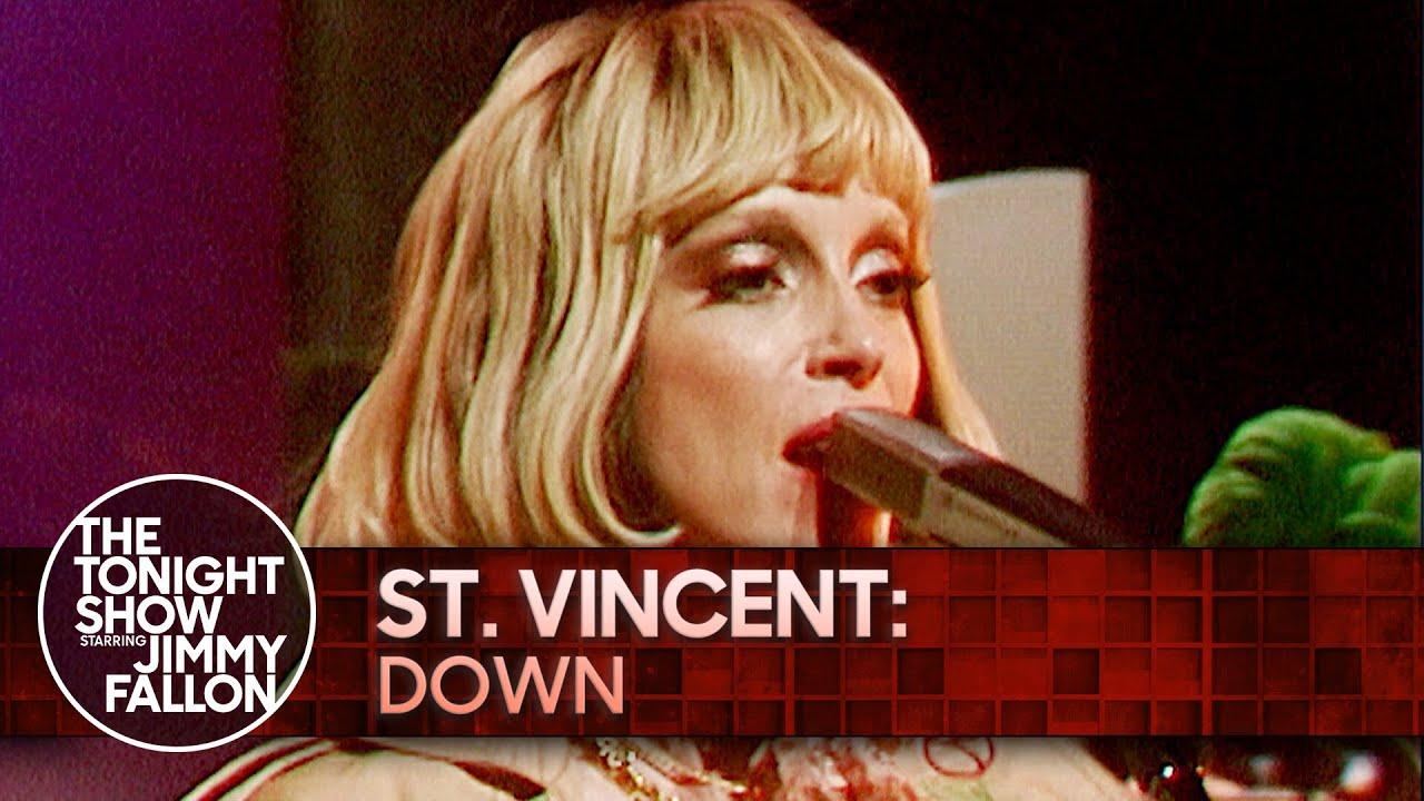 Le Live de la semaine – St. Vincent – Down – The Tonight Show Starring Jimmy Fallon