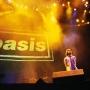 oasis-knebworth-696x522